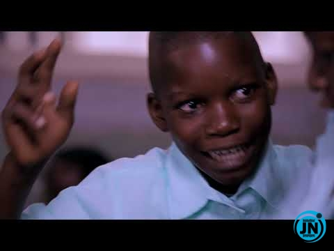 Lasisi Elenu - Mama And Papa Gods Power (Money Makes The World Puff)